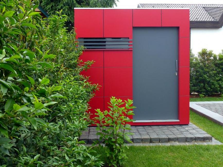 rotes gartenhaus cube. Black Bedroom Furniture Sets. Home Design Ideas